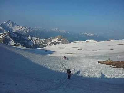 העליה ל-Col de Fours מומלצת רק במזג אויר טוב, אחד הנופים השווים במסלול.