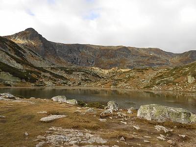 אגם התלתן (בקתת סדמנטה אזרה)