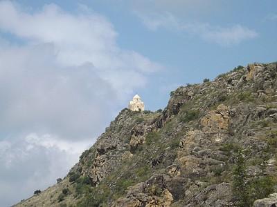 כנסיית ואנקאסאר על פסגת ההר
