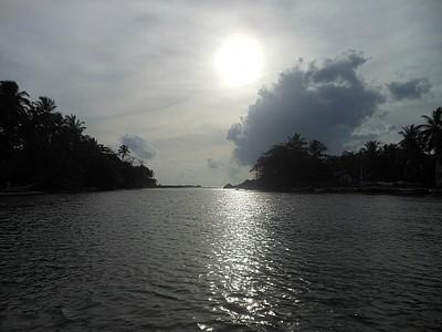 שקיעה בנהר המאודו