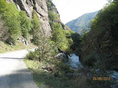הדרך לאורך נהר טארטאר