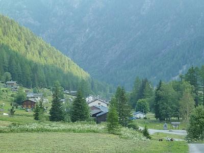 מתחילים לעלות ל-Col de Balme