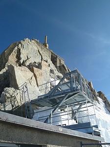 ב-Aiguille Du Midi #2 - אפשר לעלות לשם עם מעלית בתוספת תשלום
