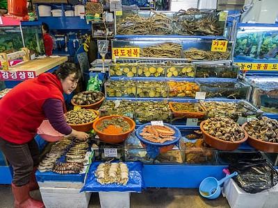 שוק הדגים Noryangjin.