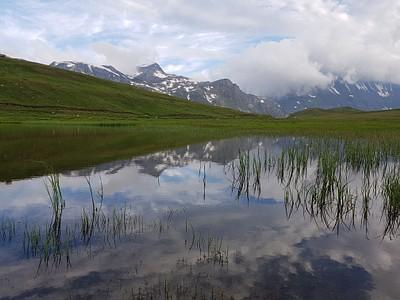האגם ליד הביקתה