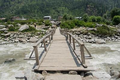הגשר לבאהאנג
