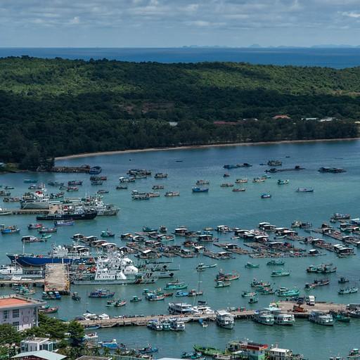 נמל הדייגים באי פו-קווק