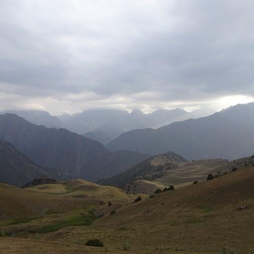 מבט מעלייה לפס Kyr-kechuu