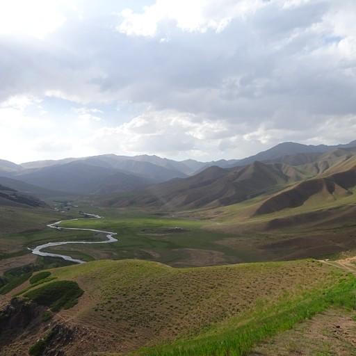 מבט מAk Byshty pass על העמק