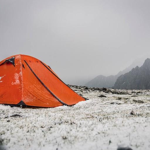 העמק מתכסה בברד ושלג בתוך דקות