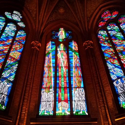 ״כנסייה ועוד כנסייה ועוד כנסייה״