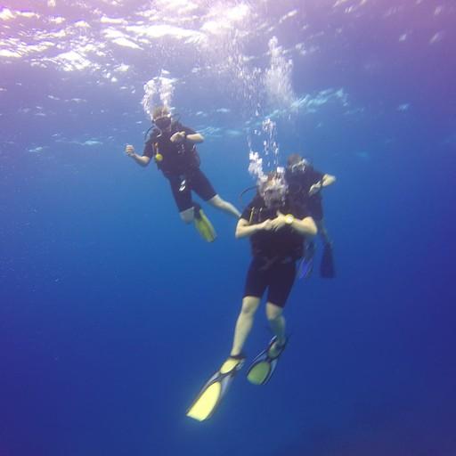 עצירת הבטיחות לפני עלייה לפני המים