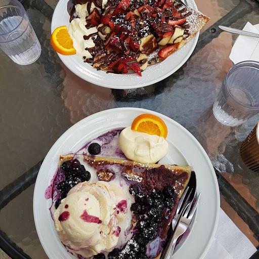 בית קפה קראפים בGeelong בשםPanache Cafe and Creperie