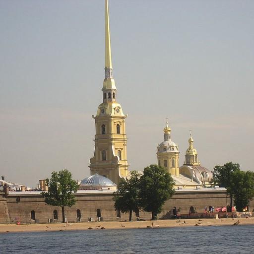 מצודת פטר ופאבל (הקתדרלה), מבט מנהר הנייבה