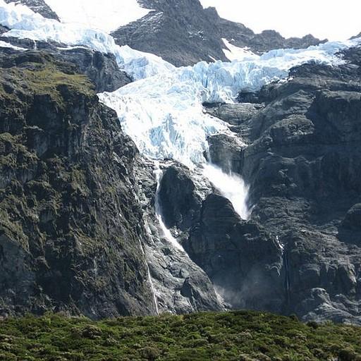 מפולות שלגים זה עניין שבשגרה - עושה רעש חזק בכל הואדי