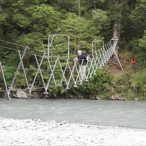 גשר 3 כבלים