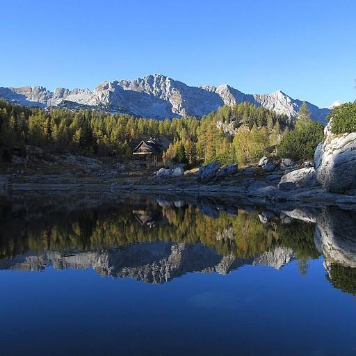 בקתת טריגלבסקי יזרו ליד אגם דבוינו