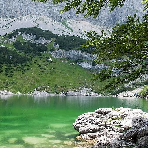 האגם הגדול..
