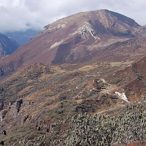הבקתה בדזונגרי, 4200 מטרים