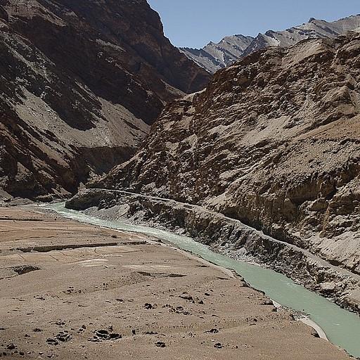 מבט על ה- Zanskar מלמעלה