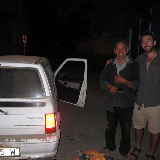 איזה נהג גבר ותראו באיזה רכב הוא חצה נחלים