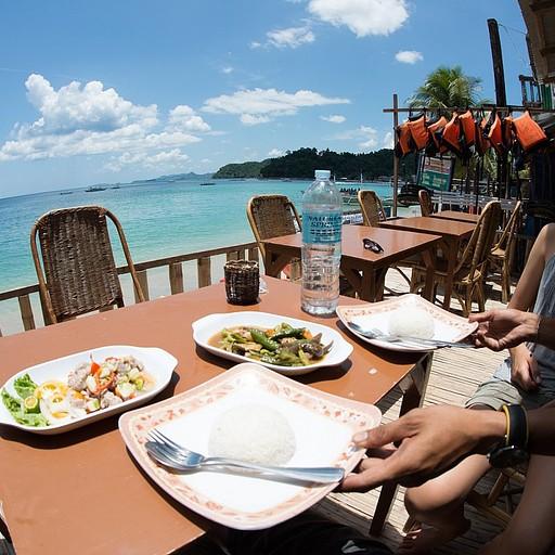 מסעדה נחמדה על החוף עם Kinilaw מצוין