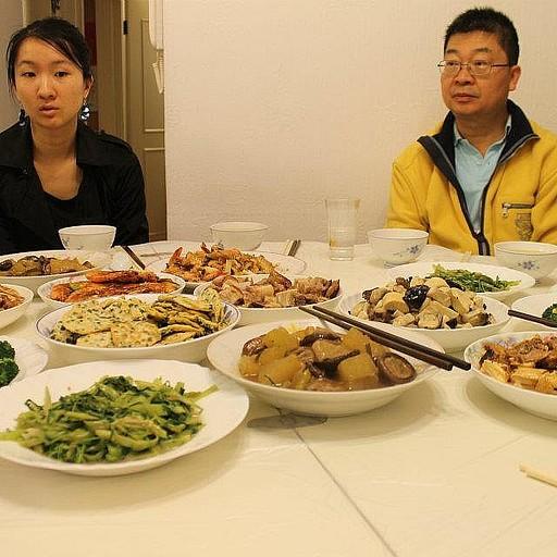 ארוחה סינית במיטבה