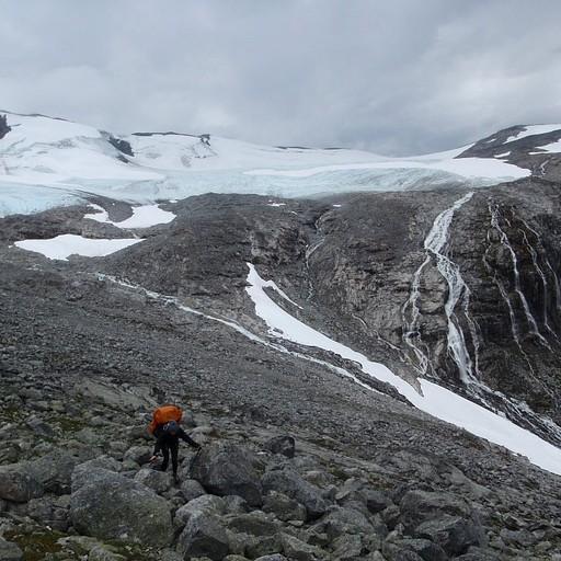 מטפסים על הבולדרים