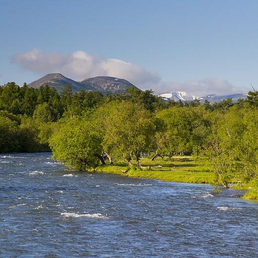 הנהר הסמוך לכפר