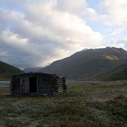 הבקתה לפני מעבר ההרים