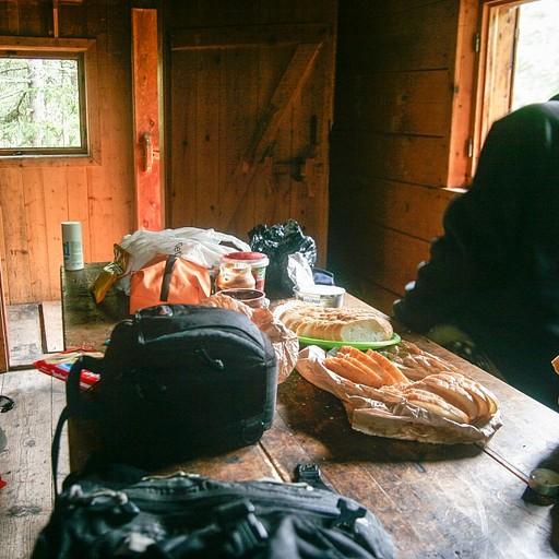 ארוחת בוקר מפנק בבקתה