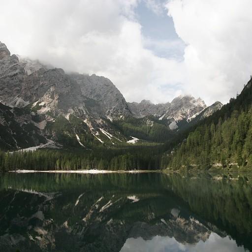 אגם בריאס