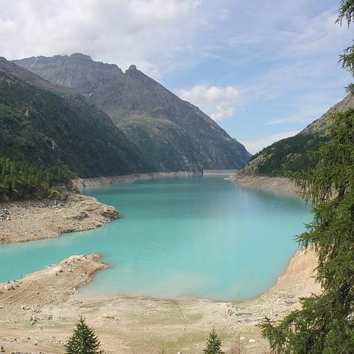 Lago di Places Moulin