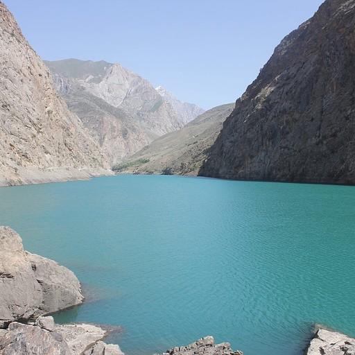 האגם החמישי