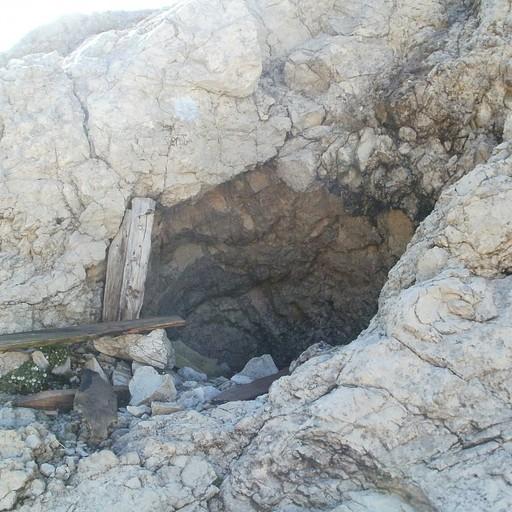 המערה שהצילה אותנו! (צולם בבוקר שלמחרת...)