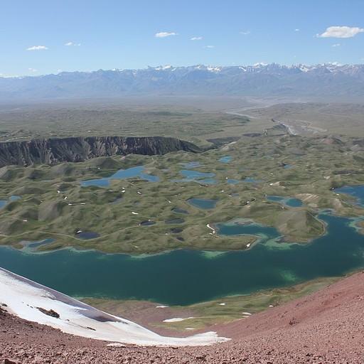הנוף מהגבעה האדומה
