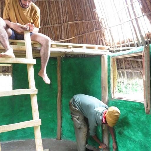 עובדים על הבית החדש