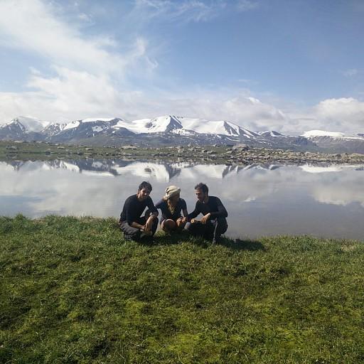 האגם שמזרחית לפס