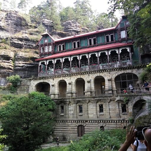 מנזר הבראנה