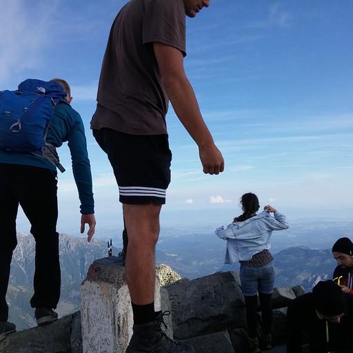 2,503 מטרים