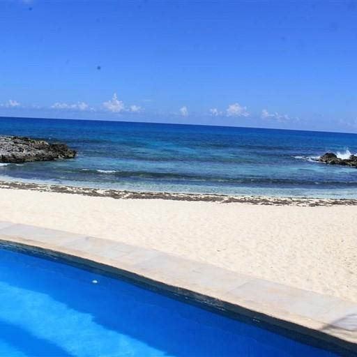 Playa La Media Luna
