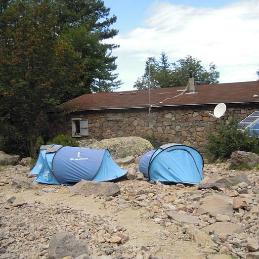 אוהלים להשכרה בבקתה