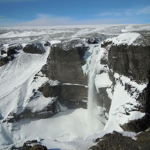 המפל השלישי בגובהו באיסלנד: Haifoss
