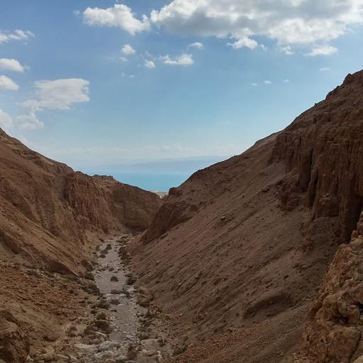 הנחל מראש המפל השני