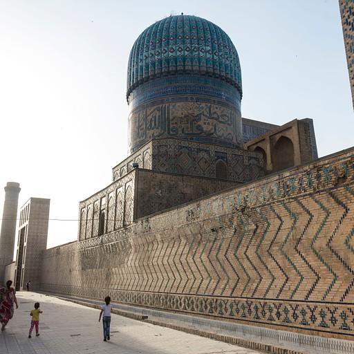 מסגד ביבי-חאנים