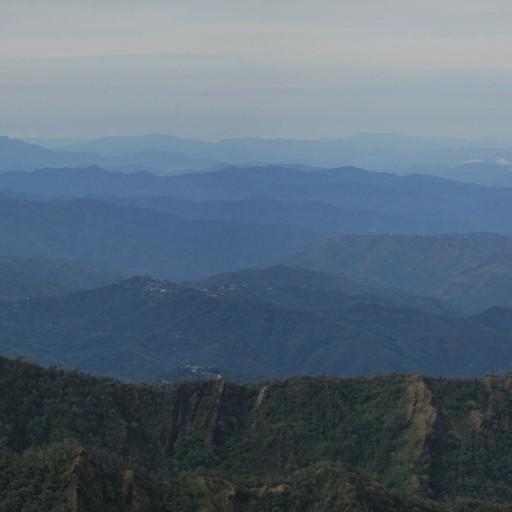 מבט מהפס לכיוון גבעות נגהלנד