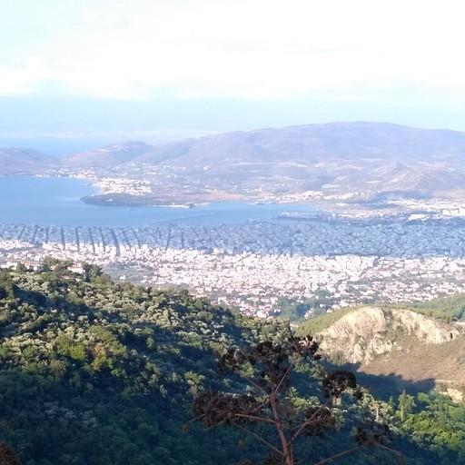 הנוף של העיר VOLOS
