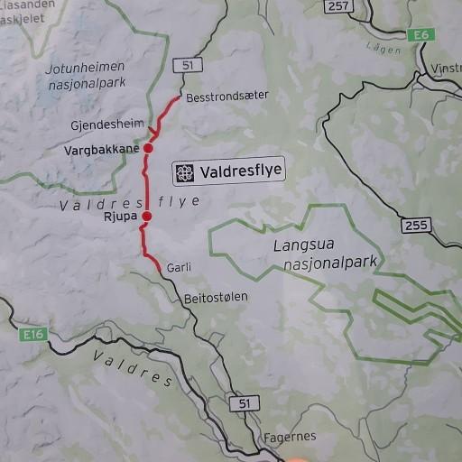 מפאגרנס צפונה דרך נוף 51 יופי של נוף בתצורת טייגה נורווגית .