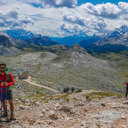 מקטע 2 - פאס הר Croda del Becco וריפוחיו Biella ברקע