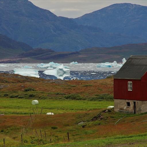 חוות Tasiusaq מבנה המשמש ללינת מטיילים
